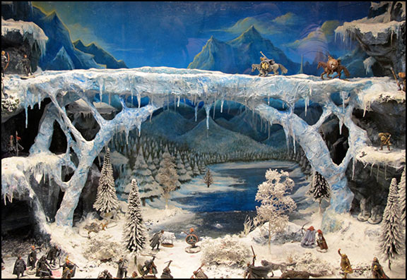 GRRM Ice Bridge Diorama, Authors Road